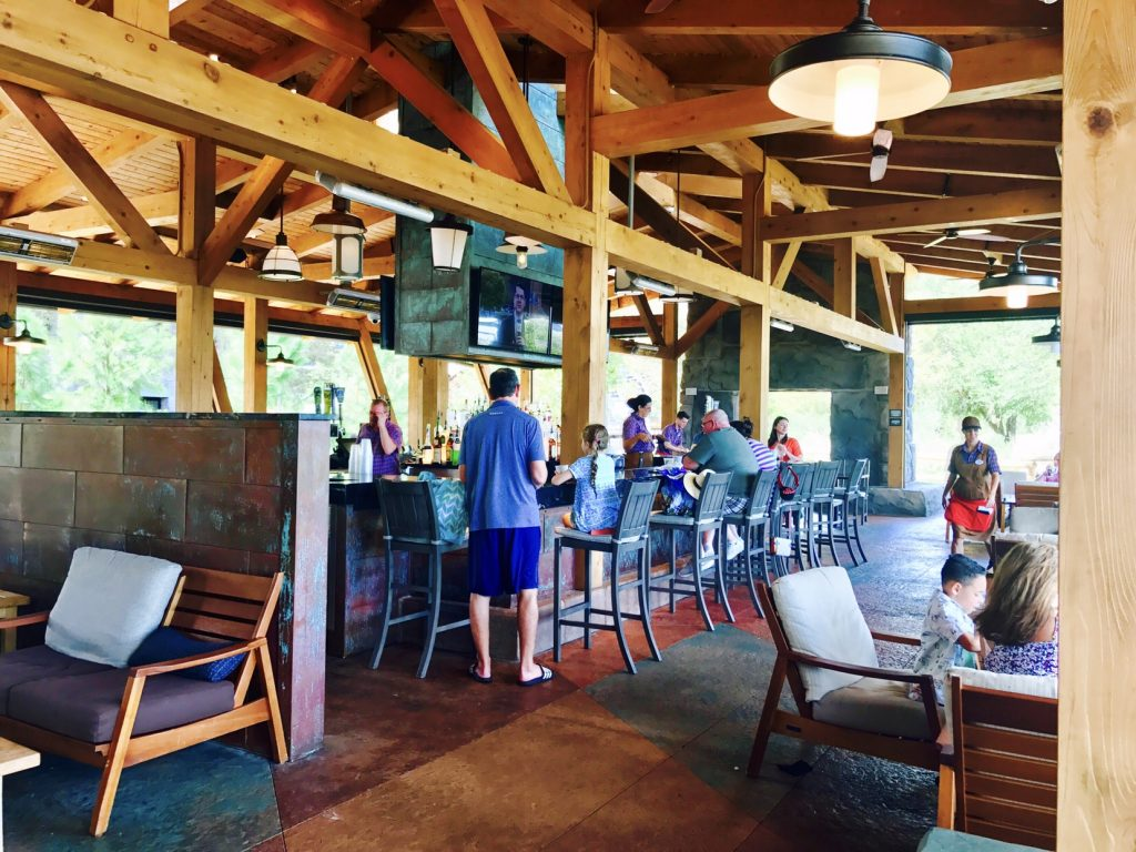 Geyser Point Bar and Grill at Disney's Wilderness Lodge