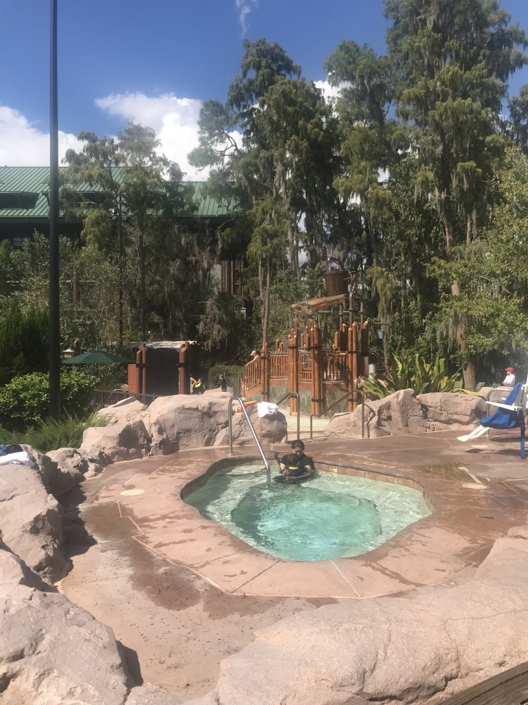 Hot tub and water park splash pad at Disney's Wilderness Lodge