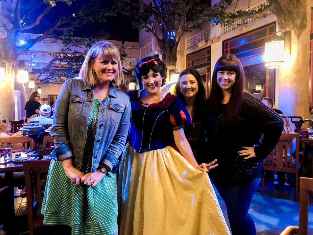 Meeting Snow White at Storybook Dining with Snow White