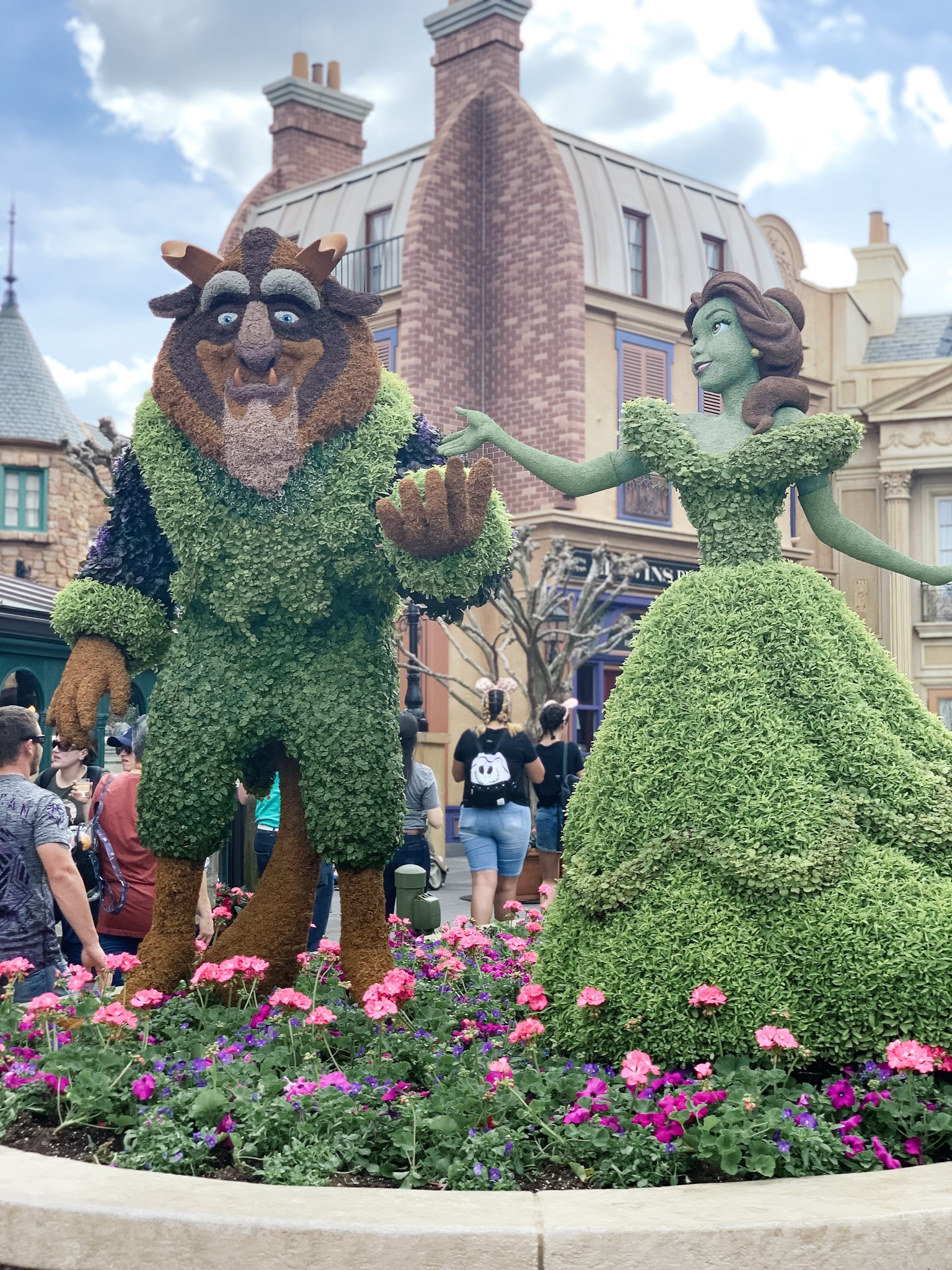 Beauty and the Beast topiary in France Epcot Flower and Garden Festival