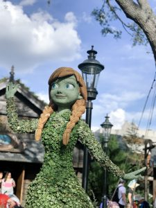 Anna topiary in Epcot at the flower and garden festival