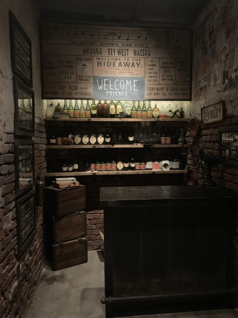 Inside of Enzo's Hideaway
