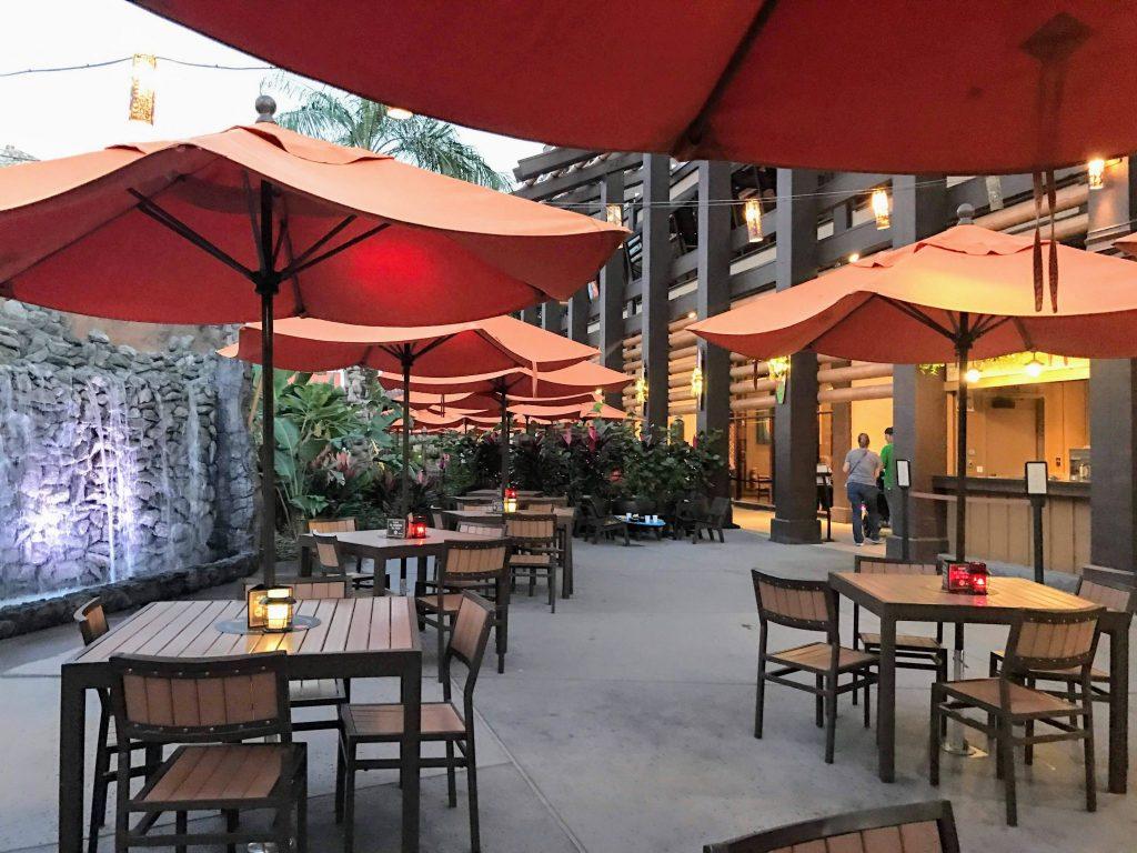 Disneys Polynesian Resort Trader Sams Grogg Grotto Patio