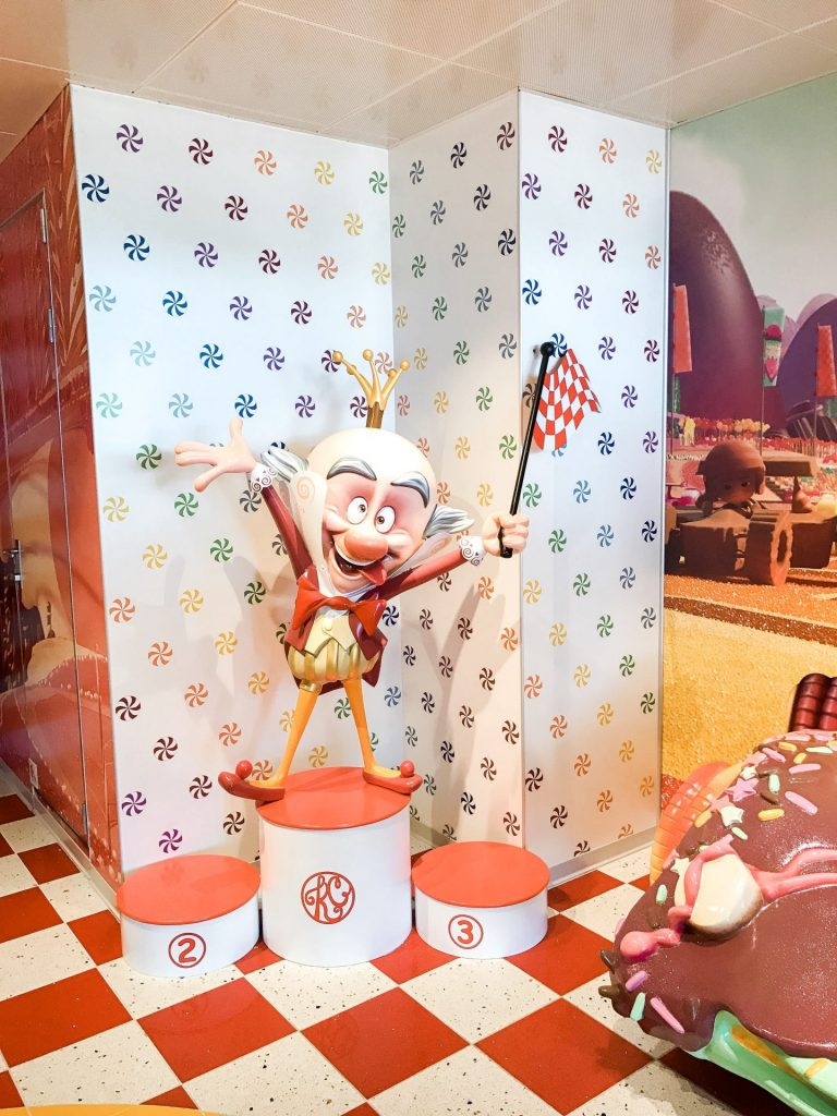 what to eat at Vanellope's Sweets & Treats  on Disney Cruise Line