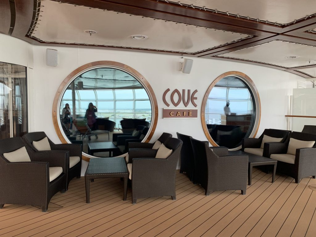 seating area at Cove Cafe on Disney Cruise Line