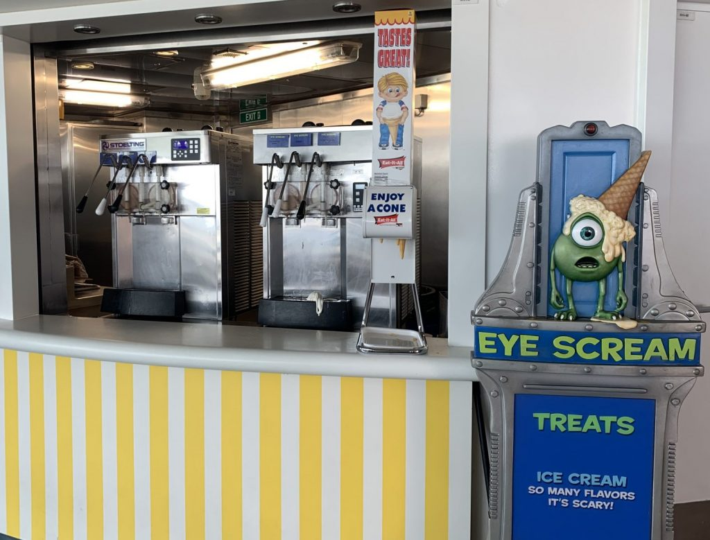 what to eat at Eye Scream on Disney Cruise Line