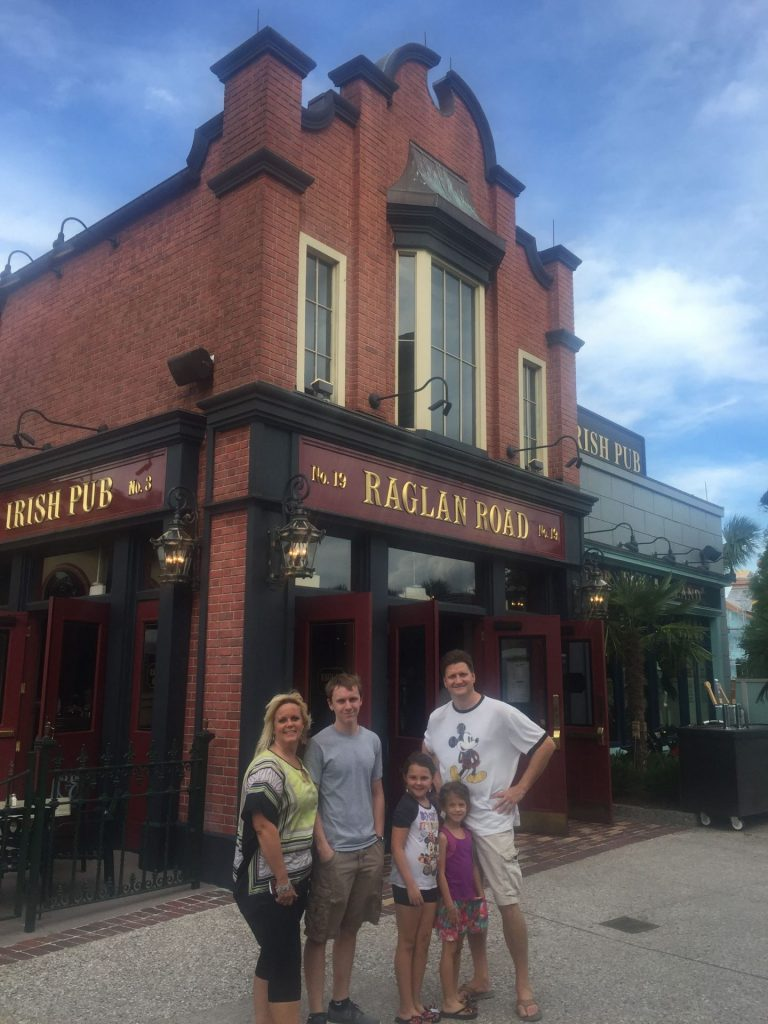 Raglan Road Irish Pub Disney Springs